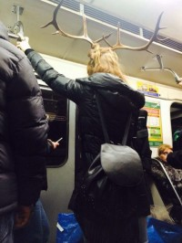 Ой! А ты чтоза создание? Ангел? Нет, ангелы в метро не спускаются.
