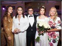 Рублевская свадьба сына Немцова: блистали Явлинский и Божена Рынска
